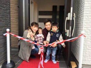 お引き渡し式 飯塚市 家族写真