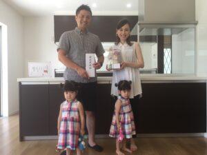 嘉麻市W様邸の家族写真