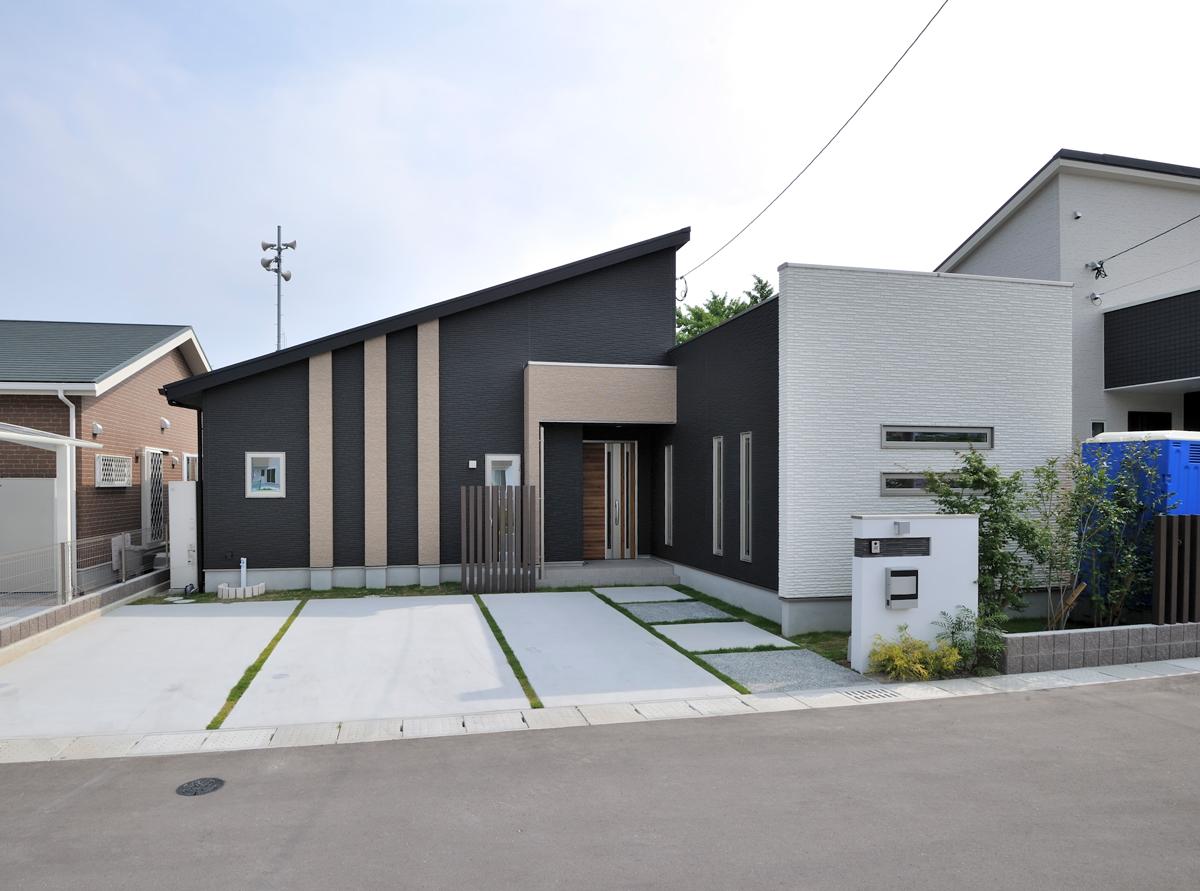 伊岐須モデルハウス【平屋】 スタイリッシュで落ち着いた雰囲気の外観