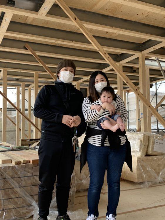 飯塚市A様邸上棟式の家族写真