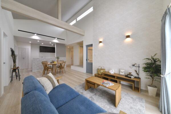 平恒モデルハウスは家具・インテリアも要チェック リビング写真